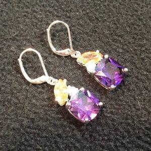 🎉B2G1🎉 vintage Avon earrings